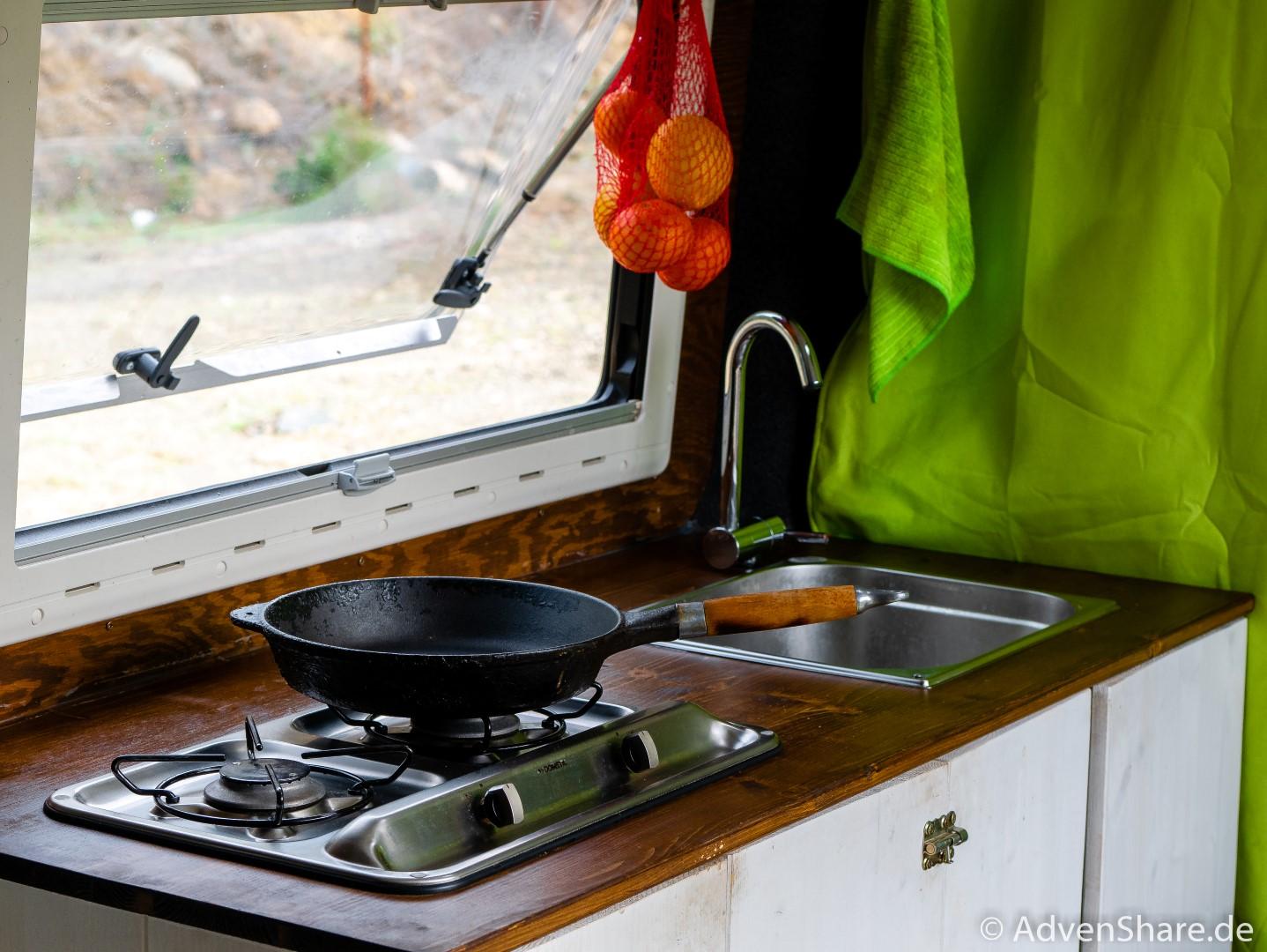 Gaskasten im selbstgebauten WoMo / Campervan – unsere Lösung und